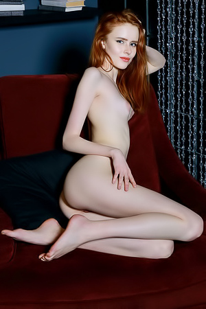 Ginger chick amazes her fans with her real beauty