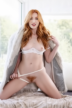 Hairy Redhead Lady Lacy Lennon