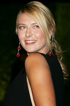Maria Sharapova gets rolling